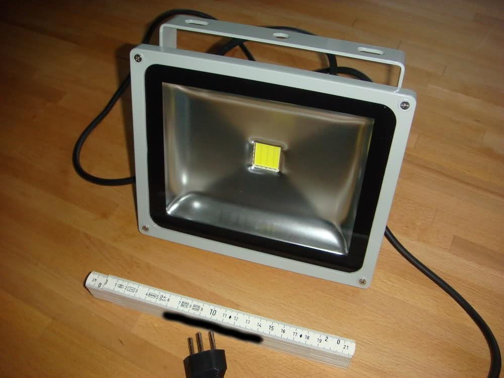 30 watt led flutlichtstrahler. Black Bedroom Furniture Sets. Home Design Ideas
